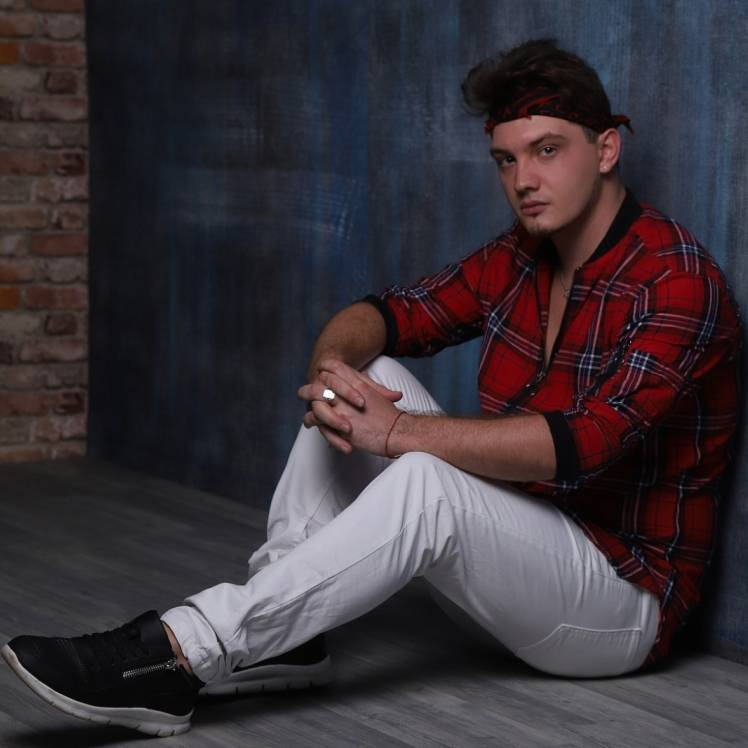 Den BAURIN feat AlekseyF-Танцуй
