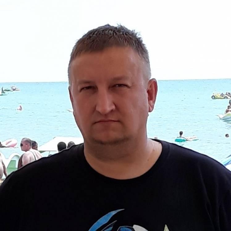 Игорь Махунов-Мимо меня