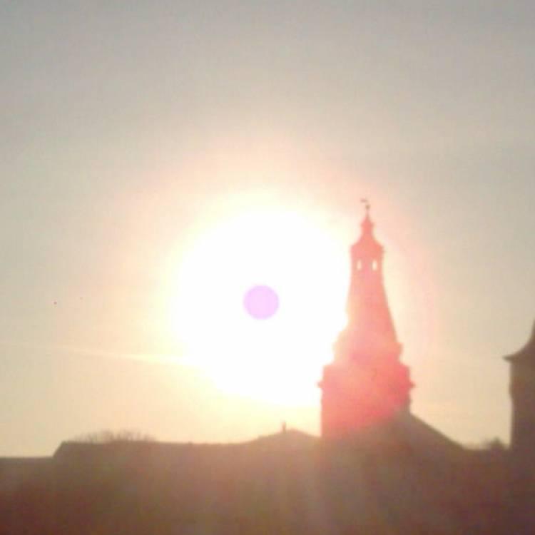 Сергей Мошков-Солнце сеет радость