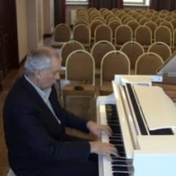 Юрий Маркелов-Поездка в Урюпинск